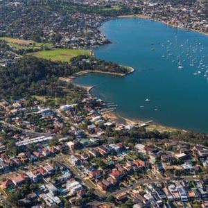 Aerial photograph of the Georges River area showing Kogarah Bay and Carss Park